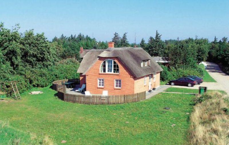 Spa Sommerhus i Bl�vand, 150 m2, 1 km. fra strand